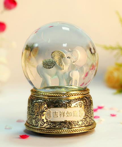 金色大象水晶球音乐盒