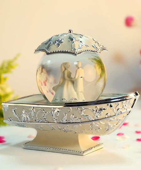 银色新娘船水晶球音乐盒