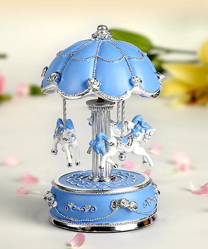 粉蓝银色花朵伞旋转木马音乐盒