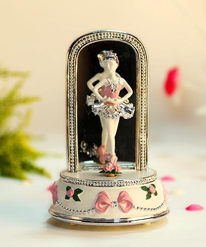 乐加粉红镜面芭蕾舞女孩音乐盒